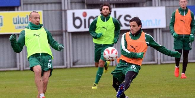 Bursaspor'da Ümraniyespor maçı hazırlıkları sürüyor