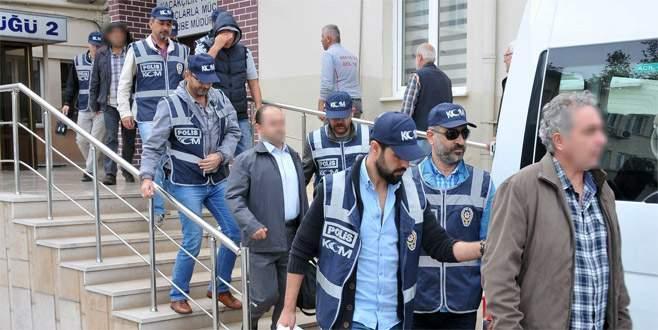 Bursa'da FETÖ'den tutuklu 30 sanık hakim karşısına çıktı
