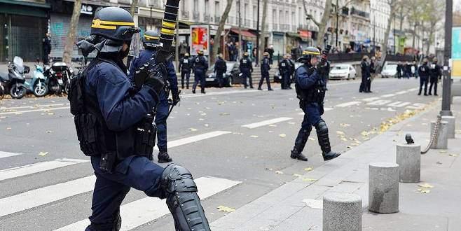 Fransa'da OHAL 5. kez uzatıldı