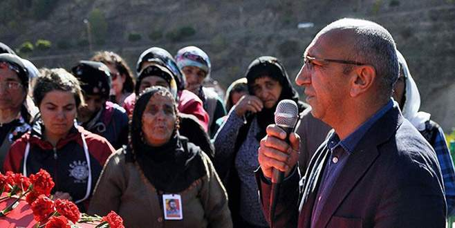 HDP'li vekil havalimanında gözaltına alındı