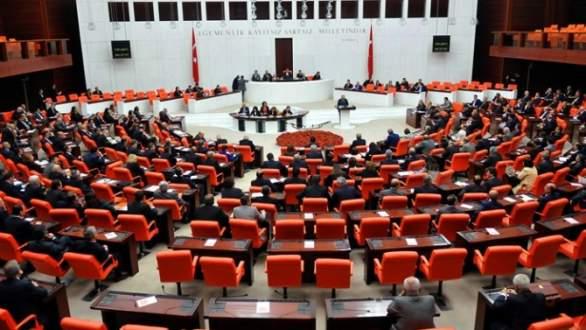 Anayasa değişiklik teklifi komisyona gidiyor