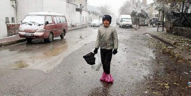 11 yaşındaki Kadir'in hikayesi yürek burktu