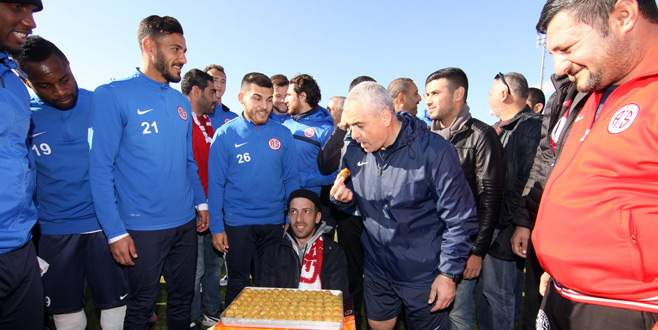 Antalyaspor'a taraftar morali