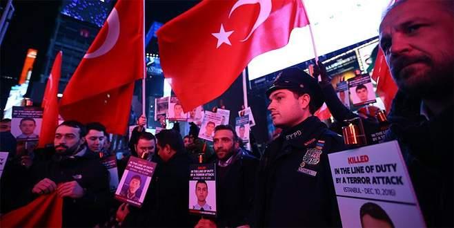 New York Polisi İstanbul saldırısı şehitlerini andı