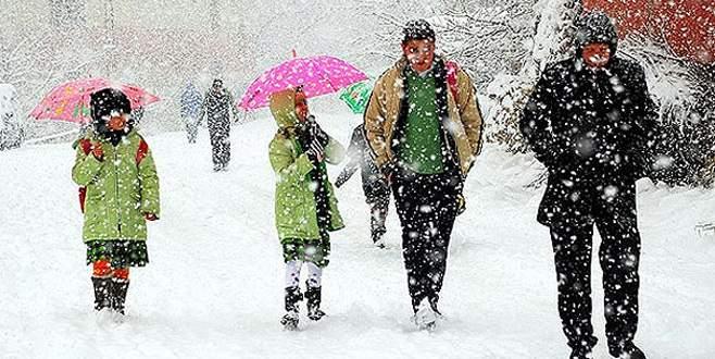 İnegöl'de eğitime kar engeli