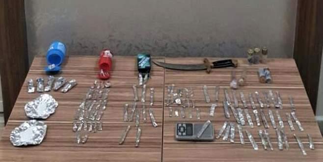 Bursa'da polisten kaçan araçtan uyuşturucu çıktı