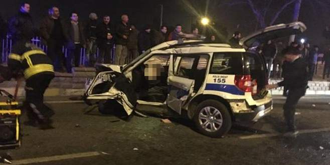 Polis aracı kaza yaptı: 2 polis şehit