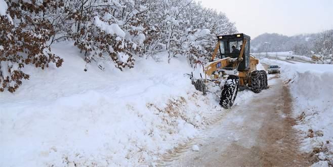 Bursa'da 64 mahalle yolu trafiğe açıldı