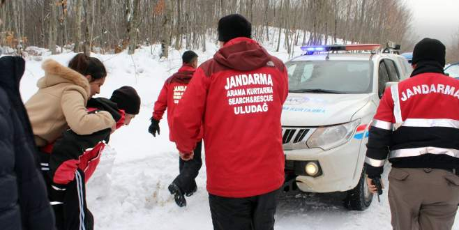 JAK, Uludağ'da hayat kurtarıyor