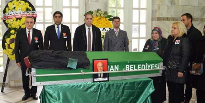 Hastanede karıştırılan cenazeye tören yaptılar