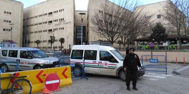 Bursa Adliye Sarayı'nda geniş güvenlik önlemi