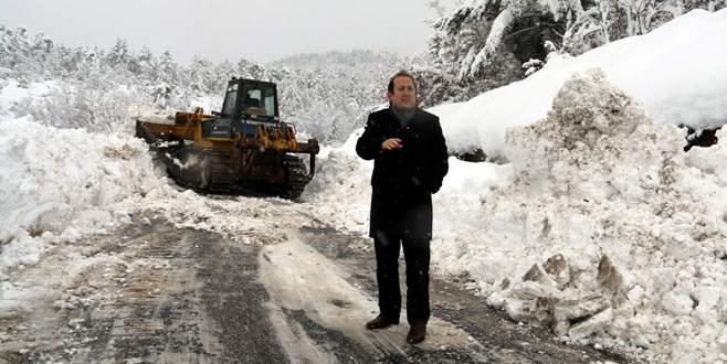 İznik'te karla mücadele aralıksız devam ediyor