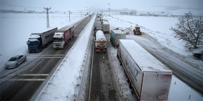 Bursa-İzmir karayolu ulaşıma açıldı
