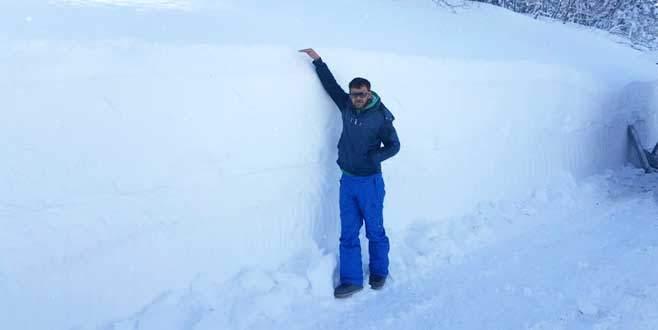 Uludağ'da kar kalınlığı 2 metre 60 santim oldu