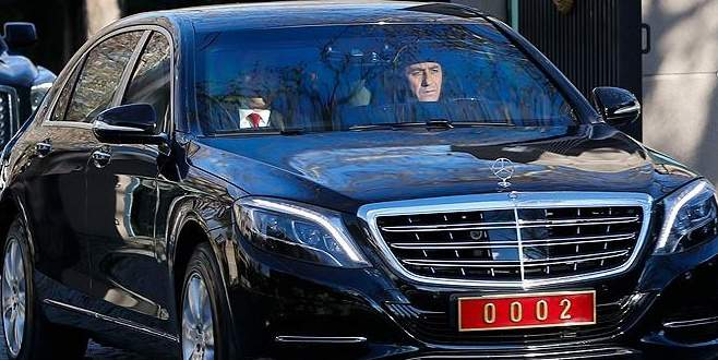 Başbakan Yıldırım, Kahraman'ı hastanede ziyaret etti