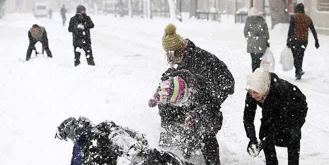 İstanbul'da kar tatili uzadı!