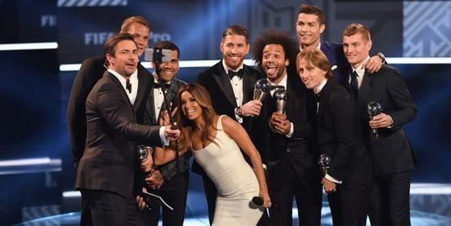 FIFA yılın 11'ini açıkladı, Ronaldo 2016'nın en iyisi