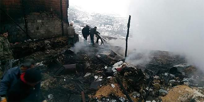 Yangın faciası: Baba ile 2 kızı hayatını kaybetti