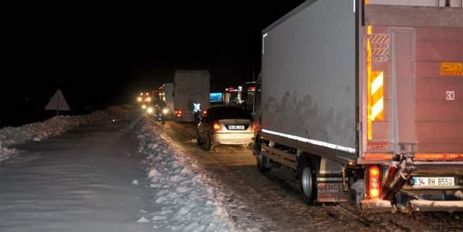Bursa ve Balıkesir'i Çanakkale'ye bağlayan yol trafiğe açıldı