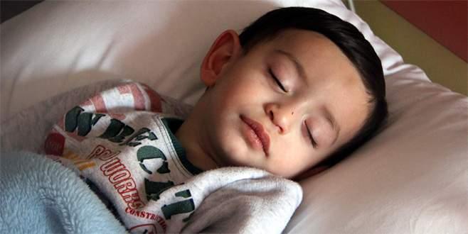 Ciğerine fındık kaçan çocuk Bursa'da hayata döndürüldü