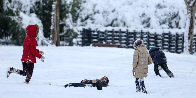 Okullara 'kar tatili' sosyal medyada konuşuldu