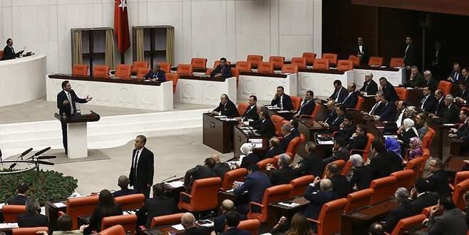 Anayasa değişiklik teklifinin 7. maddesi kabul edildi
