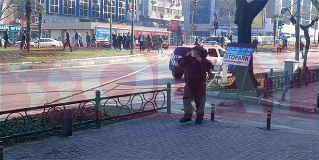 Bursa'da şüpheli paket alarmı!