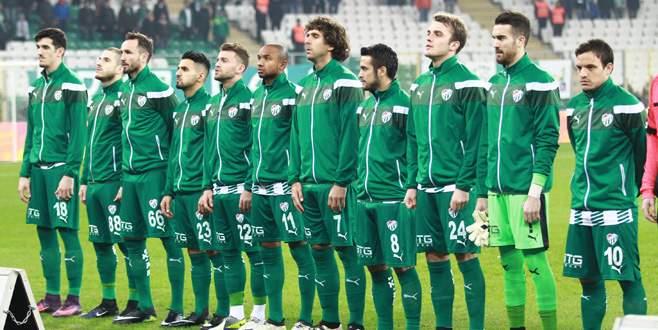 Bursaspor-Trabzonspor maçından kareler
