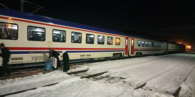 Tren seferleri yeniden başladı