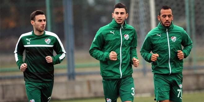 Timsah'ın yeni transferleri ilk antrenmanlarına çıktı