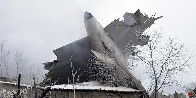 Türk kargo uçağı Kırgızistan'da düştü: 37 ölü