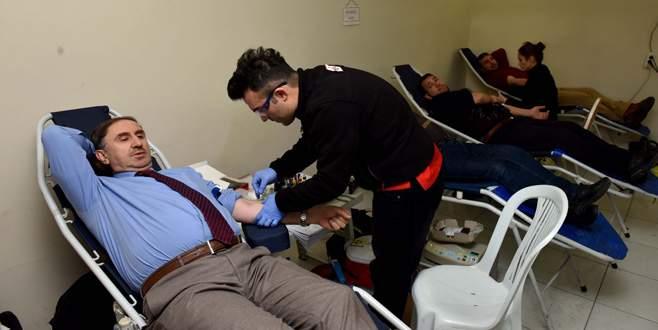 Kan bağışına büyük ilgi