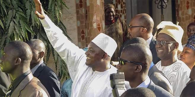 Senegal ordusu Gambiya'ya girdi