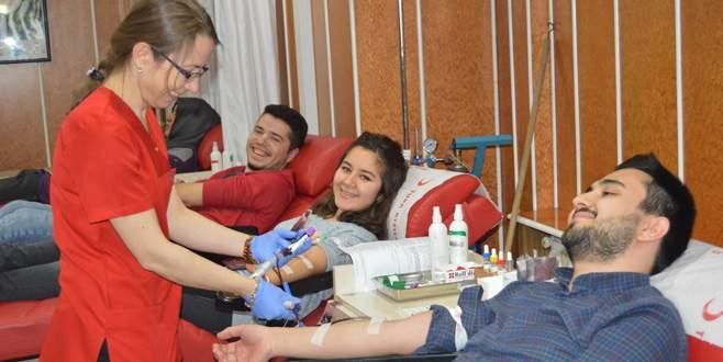ÜNİDAĞ'lılardan kan bağışı