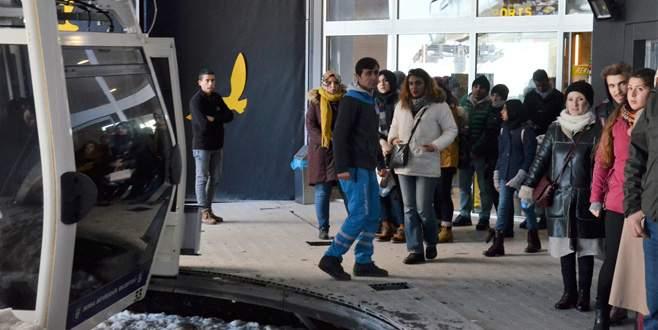 Tatilciler Uludağ'a akın etti