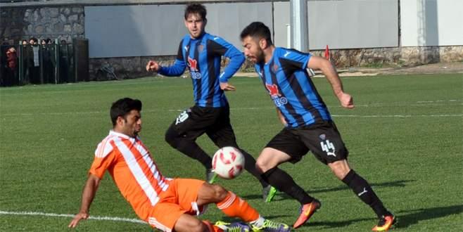 Karacabey ezdi geçti: 3-0