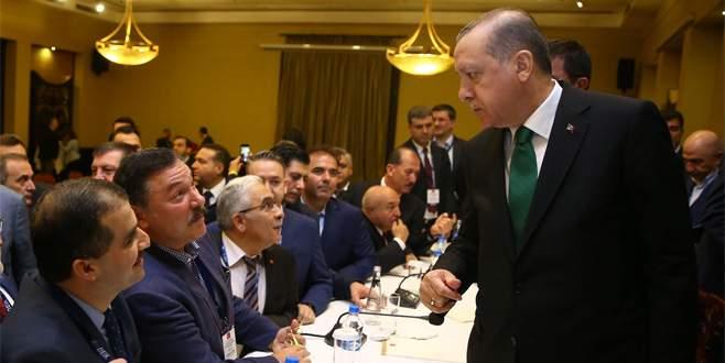 Cumhurbaşkanı, Tanzanya'da Türk iş adamlarıyla buluştu