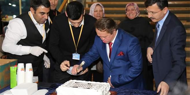 Cumhurbaşkanı Erdoğan'ın manevi oğluna doğum günü sürprizi