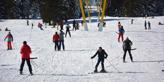 Uludağ'da lodos kar kalınlığını azalttı