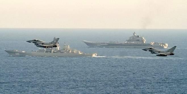 İngiltere'den Rus gemilerine yakın takip