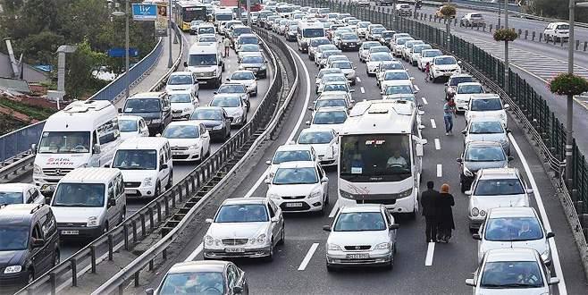 Trafikte 'sivil denetim' başlıyor