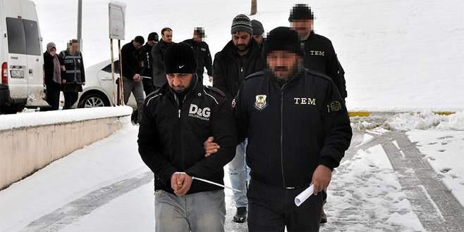 DEAŞ'ın 'bombacıları' yakalandı