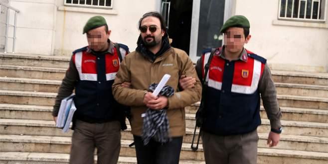 Yunanistan'a kaçarken yakalanan eski TRT spikeri tutuklandı