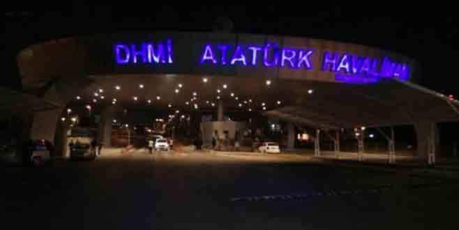 Atatürk Havalimanı girişinde hareketli dakikalar