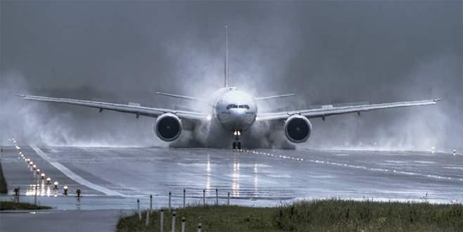 Dünyanın en uzun uçuşu başladı