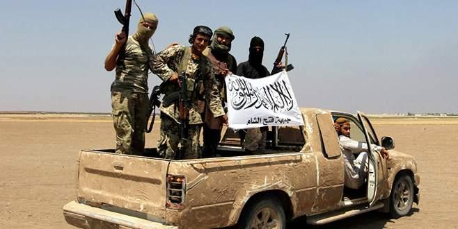 El Nusra'dan ÖSO'ya saldırı