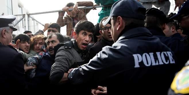 Yunan bakana protesto şoku