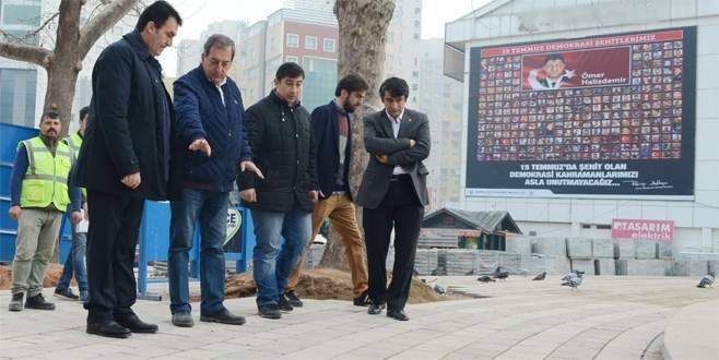 15 Temmuz Demokrasi Meydanı Bursa'nın merkezinde can buluyor