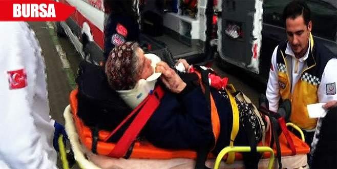 Yolun karşısına geçmeye çalışan kadına vinç çarptı