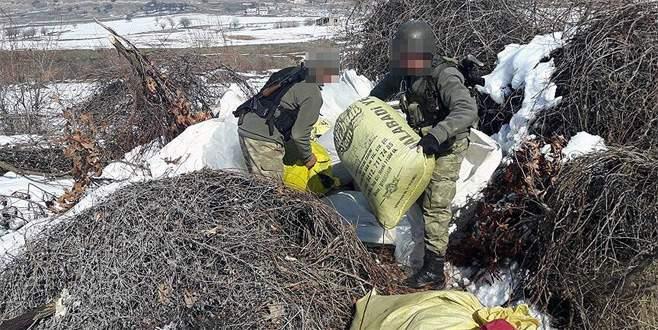 Dere yatağında 1 ton 211 kilogram uyuşturucu ele geçirildi